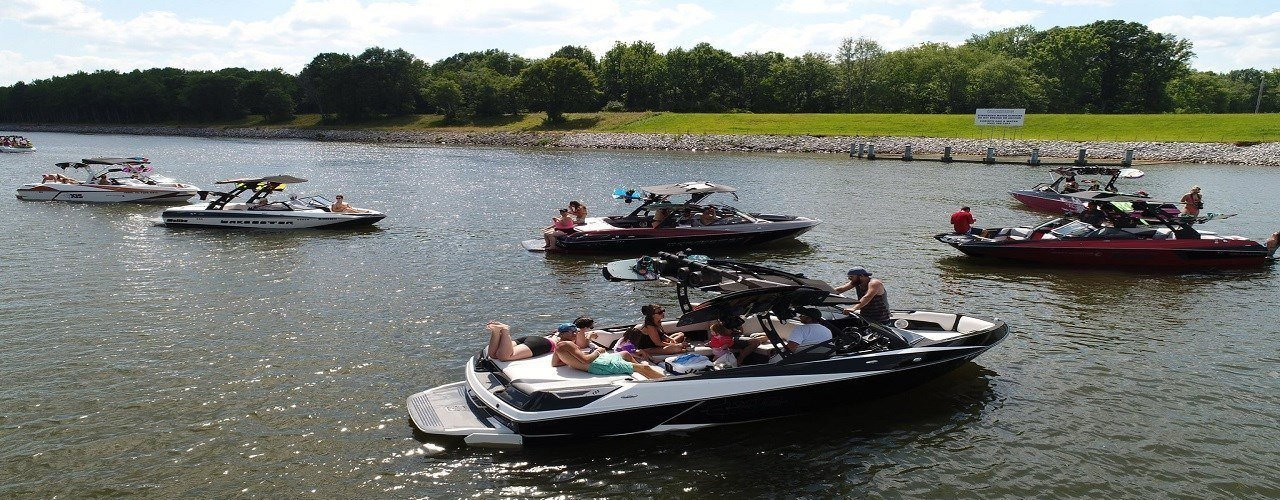 Memphis boat center new used boat dealer tennessee for Yamaha dealers in memphis tn